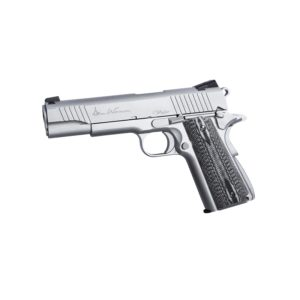 The Dan Wesson Valor is CZs real steel flagship pistol and in many ways this Airsoft replica is our flagship version of the classic 1911 6MM model. Fully featured with as many of both functional and visual designs from CZ's 'real steel' version as possible.